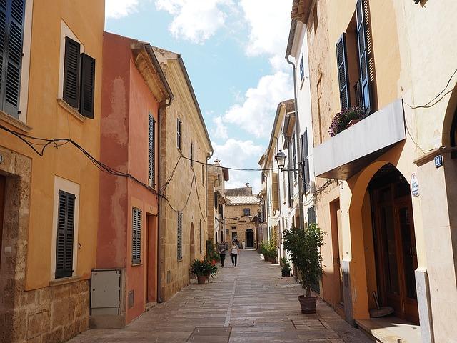 Wohnungen auf Mallorca oder Ibiza mieten