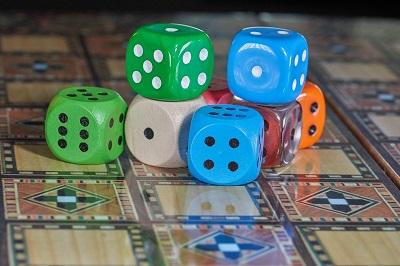 Zocken auf Reisen - Wie sieht es mit der Glücksspielregulierung aus?